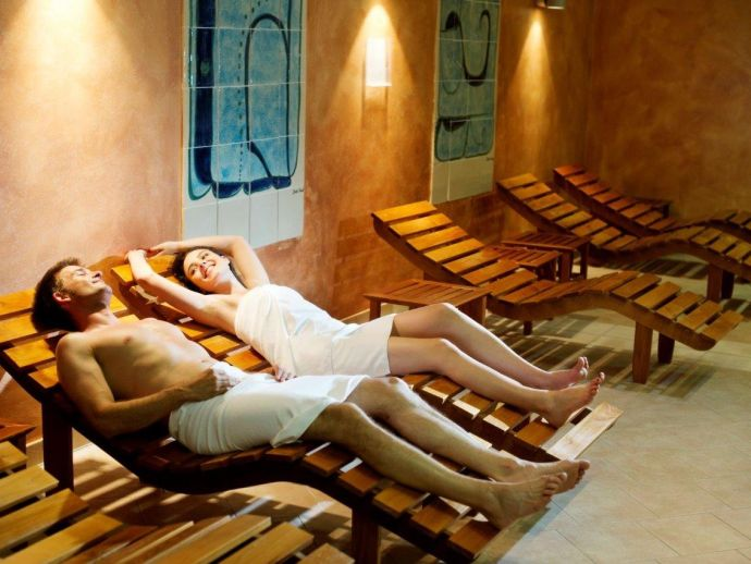 Saunas and pools at Syra Wellness in Strunjan