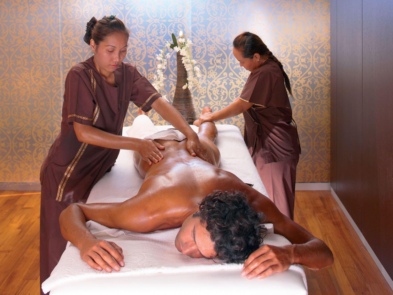Смотреть секс на приеме у массажиста, Порно массаж с русскими девушками на 27 фотография